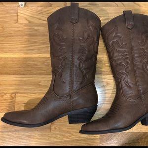 Brown Vegan Leather Cowboy boots